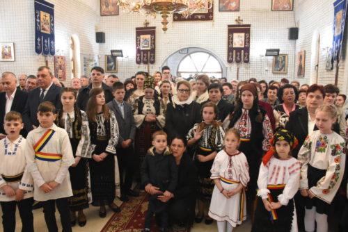 Duminica Floriilor, sărbătorită la Parohia clujeană Florești, în prezența ÎPS Andrei