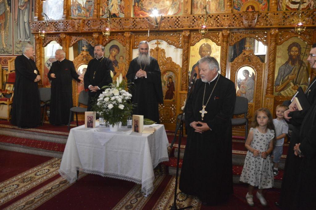 """Lansarea cărții """"Cuvinte împărtășite credincioșilor"""" a preotului bistrițean Simion Bretfelean-Vidican"""
