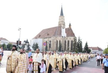 Mii de credincioși clujeni au participat la Procesiunea de Rusalii, ajunsă la ediția a IX-a