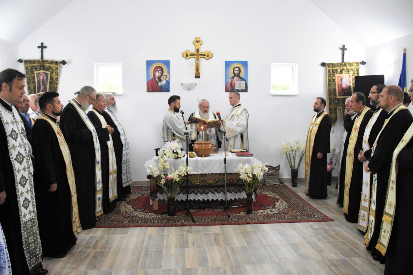 Sfințirea Capelei mortuare din localitatea Șutu, jud. Cluj