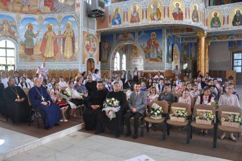 Festivitatea de premiere a elevilor și a profesorilor din Episcopia Sălajului