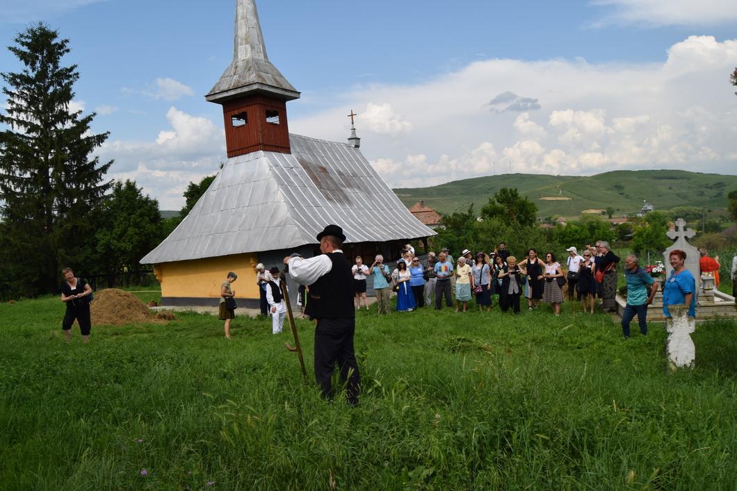 Turiști străini  în Parohia Berchieșu
