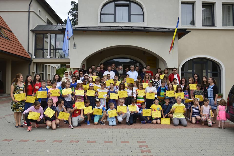 """Centrul Misionar de Tineret """"Ioan Bunea"""" din Sîngeorz-Băi a aniversat 4 ani de existență, în prezența exarhului mănăstirilor din Arhiepiscopia Clujului"""