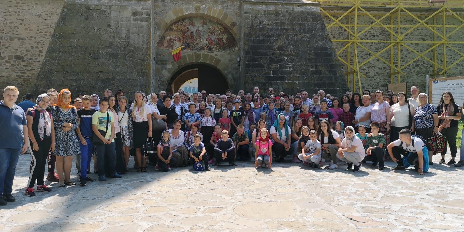 Credincioşii din Ilva Mică şi Lunca Ilvei, în pelerinaj la mănăstirile din Bucovina