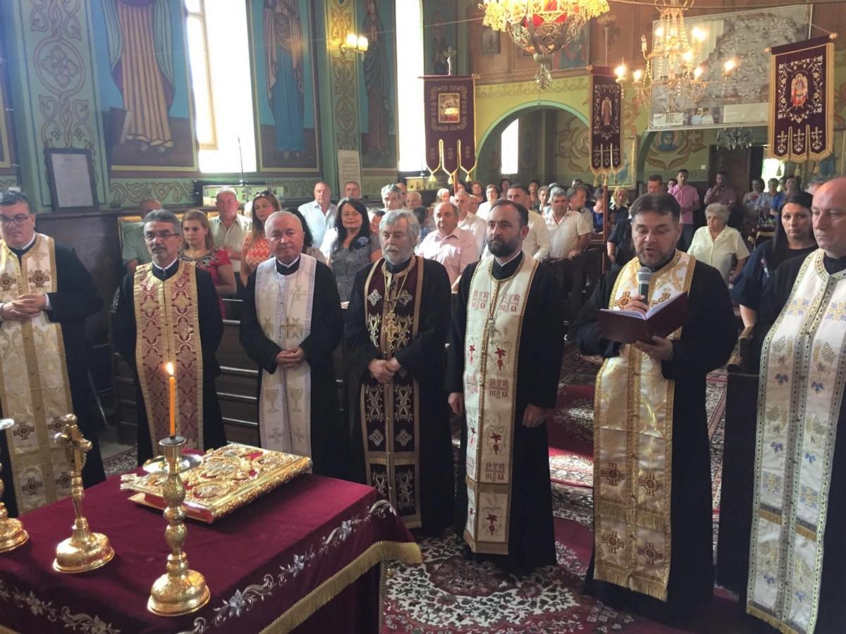 După 45 de ani de slujire în ogorul Domnului, Părintele Iuliu Gorea s-a pensionat