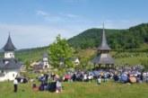 Mii de credincioși s-au rugat alături de IPS Andrei, la hramul Mănăstirii de la Nușeni