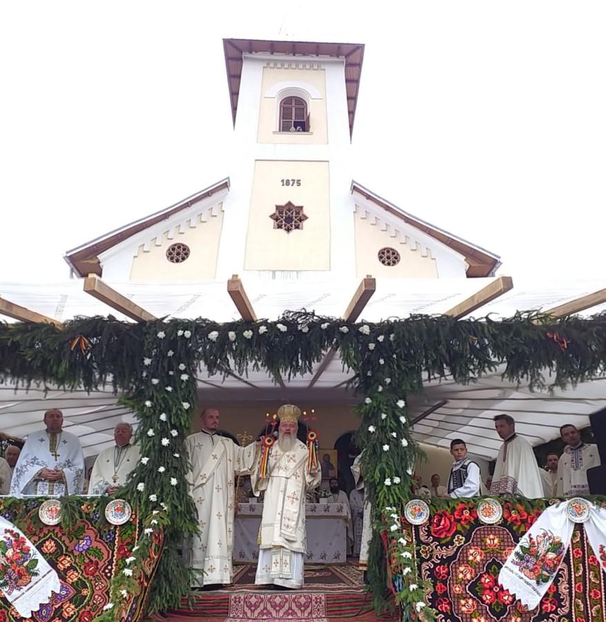 Părintele Mitropolit Andrei la sărbătoarea satului Ilva Mică