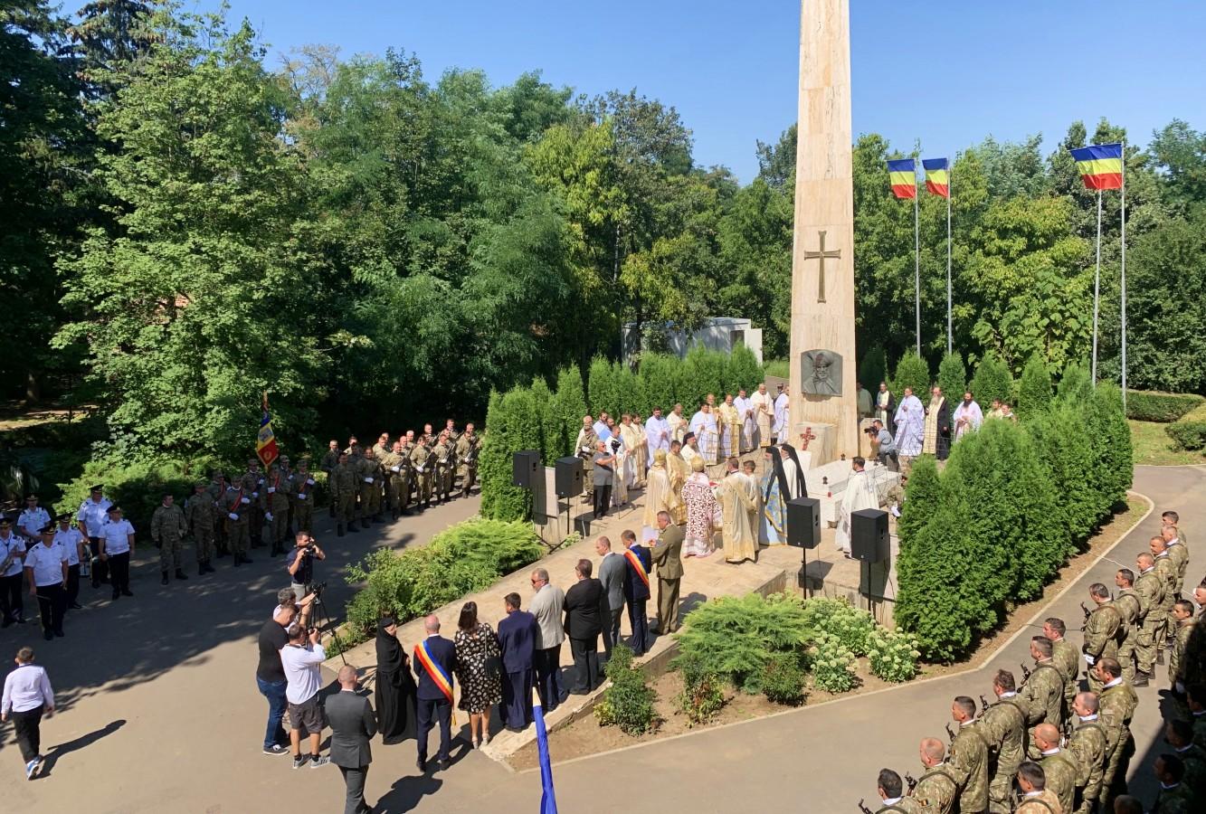 Domnitorul Mihai Viteazul a fost comemorat la Mănăstirea Mihai Vodă de la Turda, construită pe locul unde a fost asasinat acum 418 ani