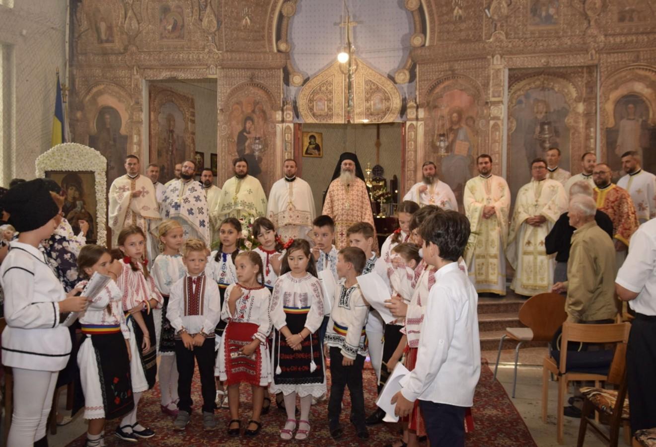 Sfinții Martiri Brâncoveni, ocrotitorii spirituali ai Parohiei Gherla III, sărbătoriți în prezența Exarhului Mănăstirilor din Arhiepiscopia Clujului