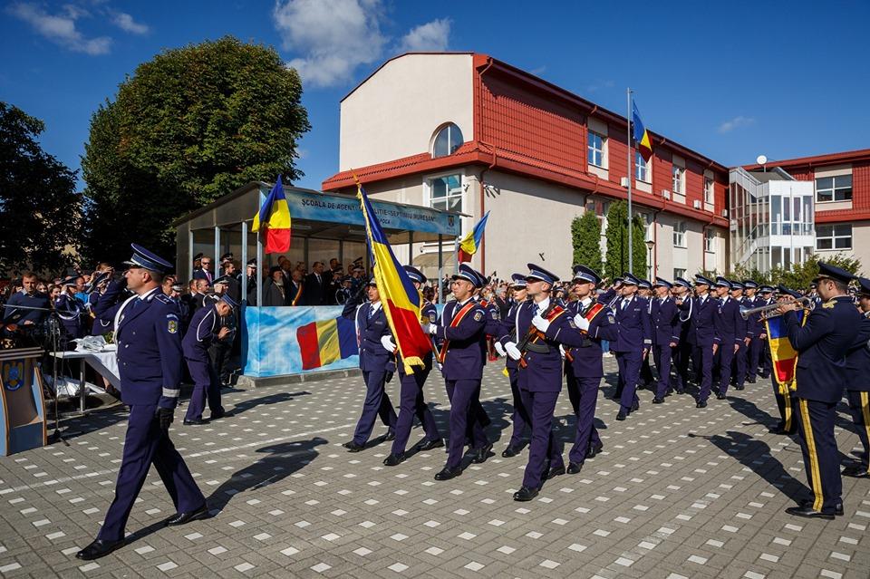 Binecuvântare arhierească pentru cei 296 de absolvenți ai Școlii de Poliție din Cluj-Napoca