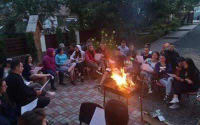 Vacanță în tinda bisericii – activități de vară și tabere în Protopopiatul Huedin
