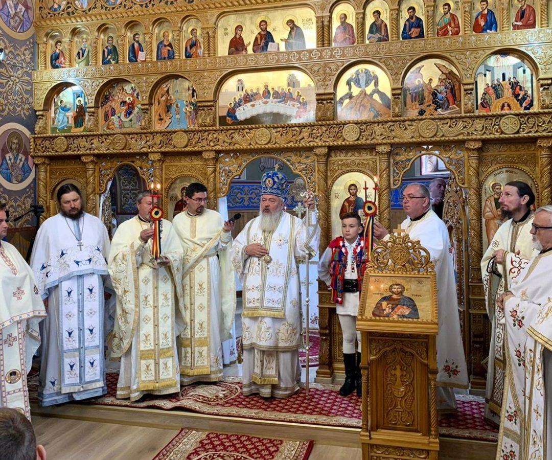 Binecuvântare arhierească în Parohia bistrițeană Livezile