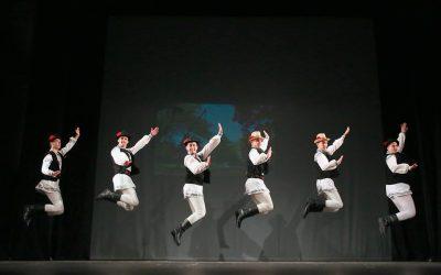 """Ansambluri din trei județe, la ,,Festivalul Jocului Fecioresc din Transilvania"""""""