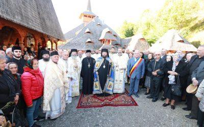 Sfânta Liturghie la hramul Mănăstirii Rohiţa
