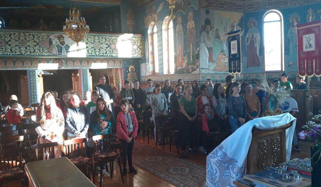 Întalnirea tinerilor din Parohiile Iclod și Fundătura, protopopiatul Gherla, județul Cluj