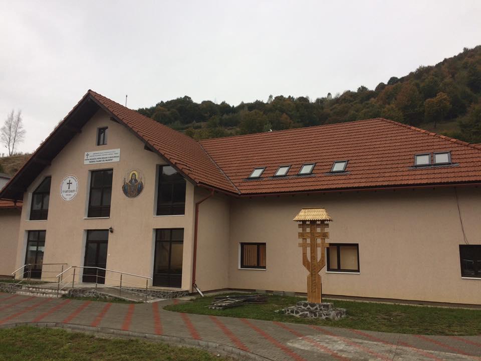 """Activităţi catehetice la Centrul rezidenţial pentru persoane cu nevoi speciale """"Sfântul Filaret cel Milostiv"""" din Tîrlişua"""