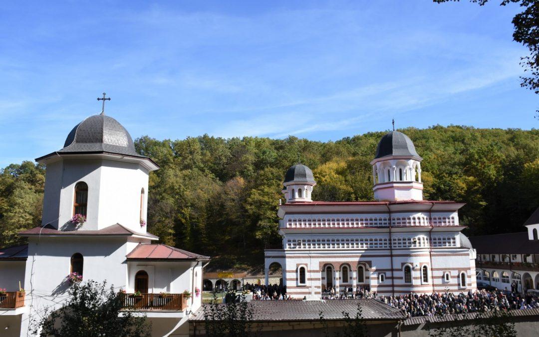 Acoperământul Maicii Domnului – Hramul Mănăstirii clujene Florești