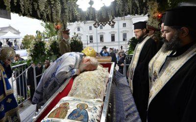 Sfânta Parascheva, model absolut de dăruire pentru viaţa duhovnicească