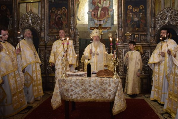Arhiepiscopul Teofil Herineanu, comemorat de clujeni, la 27 ani de la trecerea în veșnicie
