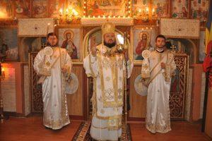 """Episcopul Sălajului, la hramul parohiei """"Sfinții Arhangheli Mihail și Gavriil"""" din Mirșid"""