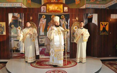 """Liturghie Arhierească, în Parohia """"Sfântul Apostol Andrei"""" din Zalău"""