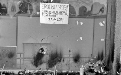 Expoziție-eveniment la 30 de ani de la Revoluţie, vernisată la Cluj