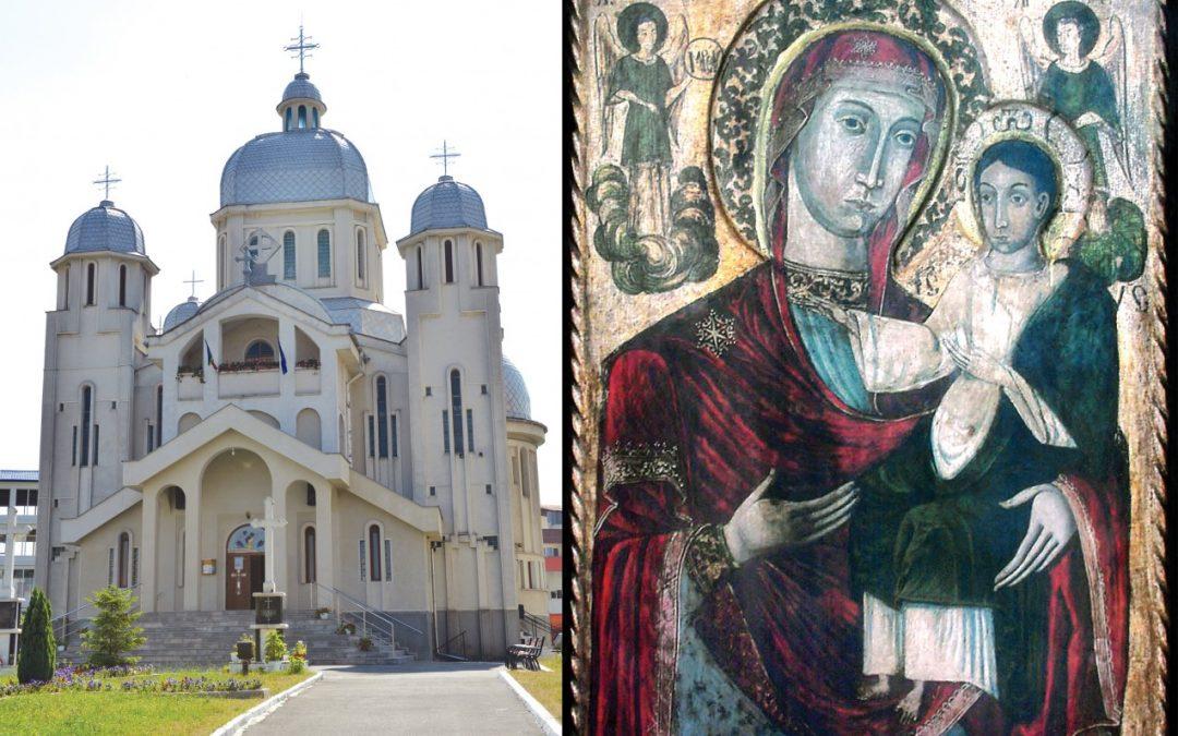 """Icoana Maicii Domnului de la Mănăstirea Dragomireşti, la hramul bisericii """"Sf. Arh. Mihail şi Gavriil"""" din Baia Mare"""