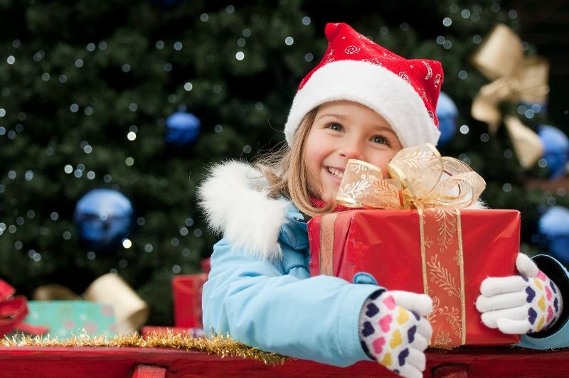 Daruri de Crăciun pentru copiii defavorizați din Protopopiatul Gherla