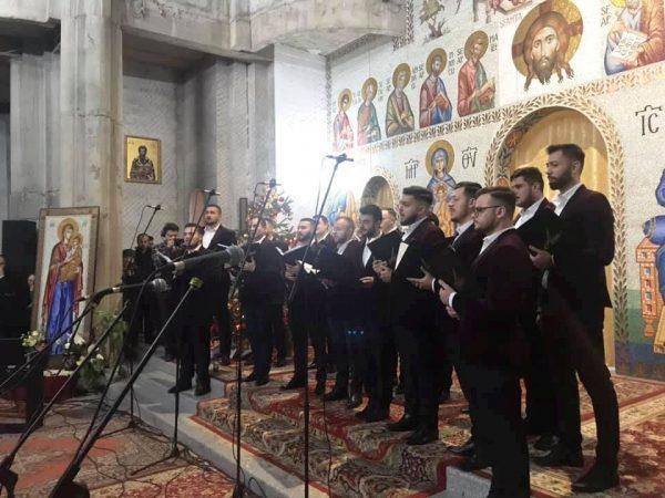 """Mii de clujeni, la concertul de colinde al Coralei """"Armonia"""" din Constanța"""