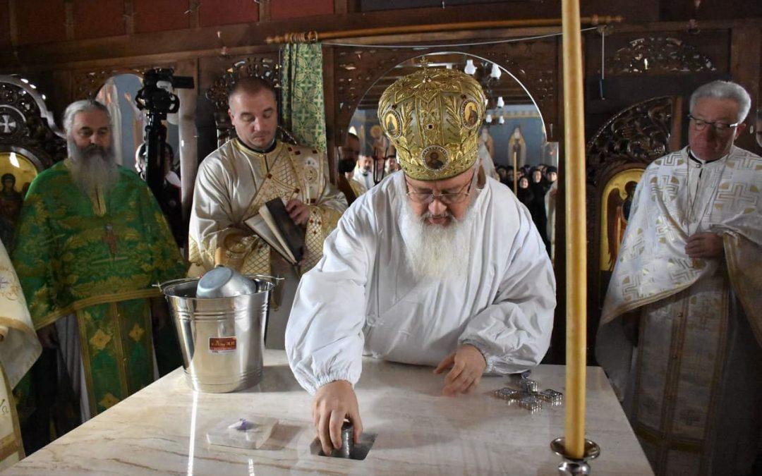 Paraclisul Mănăstirii Rebra-Parva a fost sfințit de Mitropolitul Clujului