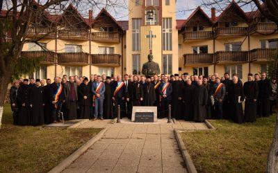 """Arhim. Benedict Vesa: """"Pentru țăranul român, satul și biserica reprezintă centrul lumii"""""""