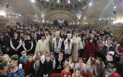 """Liturghie arhierească, în Catedrala Episcopală """"Sfânta Treime"""" din Baia Mare"""