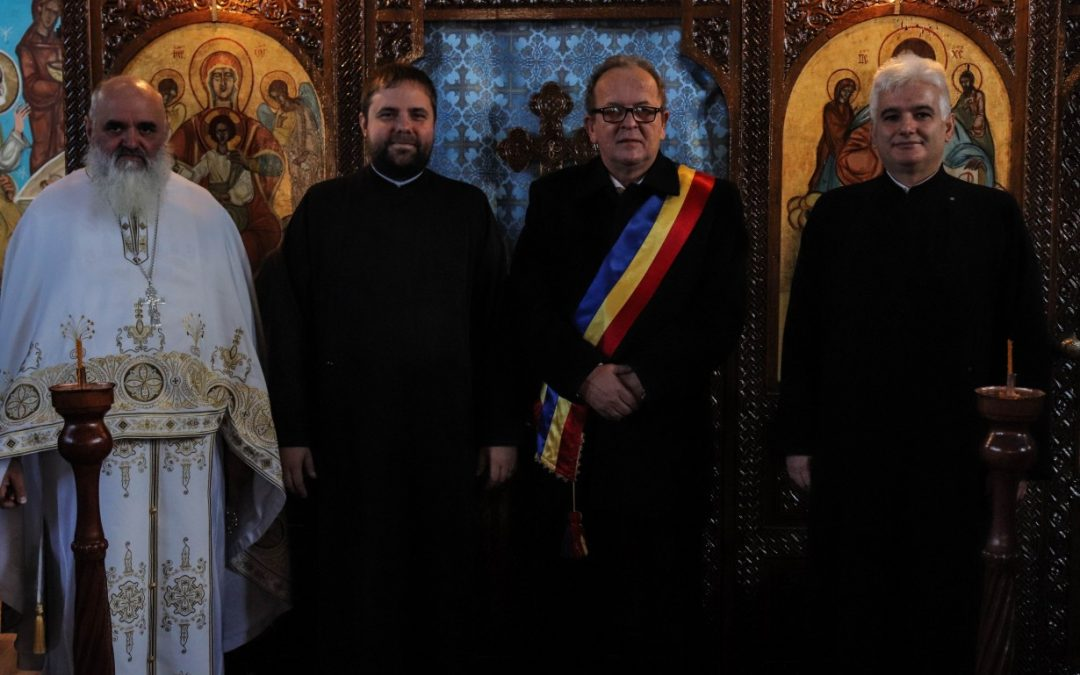 """Hramul """"Catedralei moților"""" din Huedin"""
