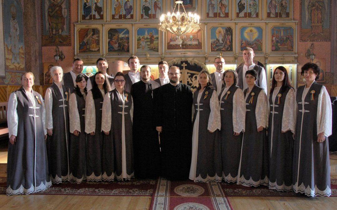 """Concert de colinde susținut de Corul """"Ecou Dornean"""" în Parohia Geaca"""