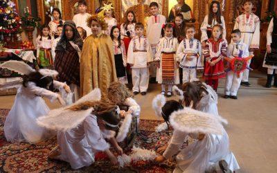 """Festivalul de Colinde şi Tradiţii """"Crăciunul la români"""", la a IX-a ediţie"""