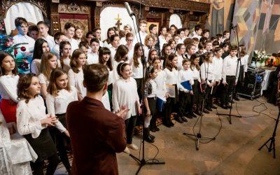 """Concert de colinde, în biserica parohiei clujene """"Întâmpinarea Domnului"""""""