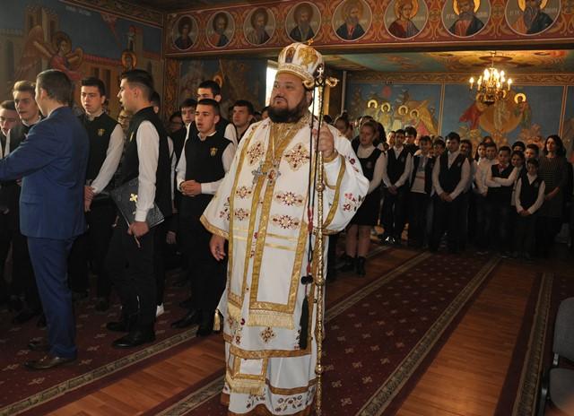 """Hramul paraclisului Liceului Ortodox """"Sfântul Nicolae"""" din Zalău"""