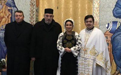 """Părintele profesor dr. Ioan Chirilă, în parohia """"Sf. Ap. Petru și Pavel"""", din Mănăștur"""