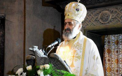 """IPS Irineu: """"Omenirea trece printr-o criză. Biserica ne conduce prin întunericul lumii, spre împărăția veșnică"""""""
