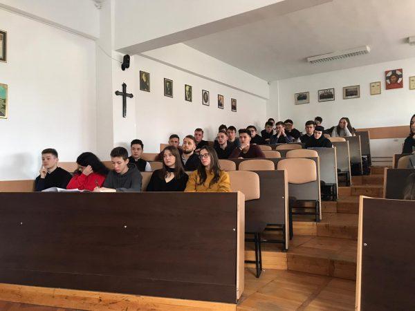 Implicarea Bisericii în asistența socială, prezentată elevilor seminariști clujeni
