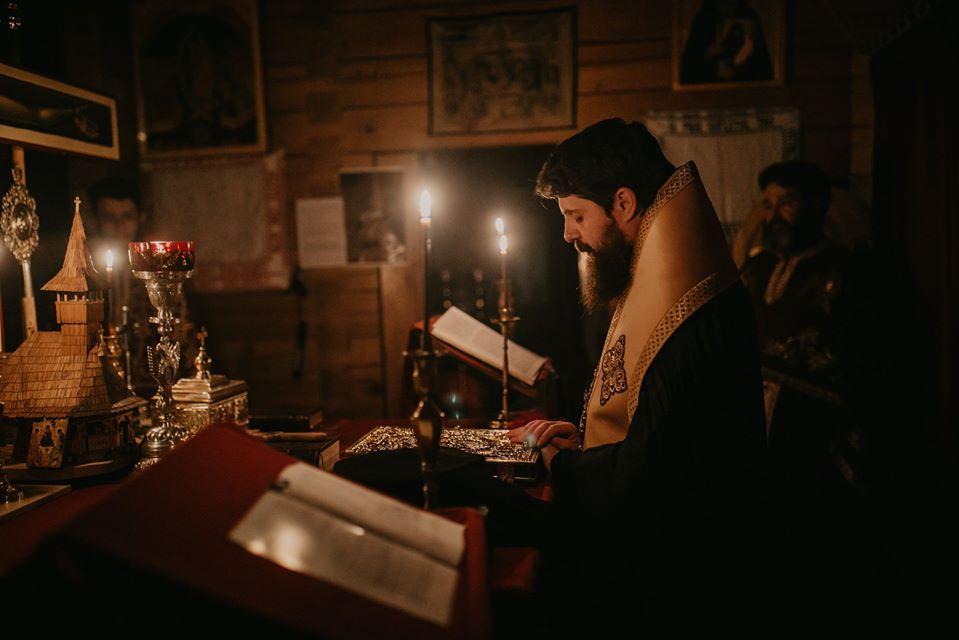 Preasfințitul Benedict Bistrițeanul a oficiat a doua parte a Canonului cel Mare, la Biserica studenților din Campusul Hașdeu