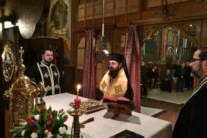 """Ultima parte a Canonului Sfântului Andrei Criteanul, oficiată la Biserica """"Pogorârea Sfântului Duh"""" din cartierul clujean Zorilor"""