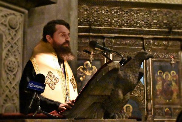 Prima parte a Canonului cel Mare, la Catedrala Mitropolitană. Mii de clujeni, studenți teologi și elevi seminariști uniți în rugăciune