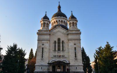 Comunicat | Îndemn la rugăciune în vreme de necazuri și supărări | Permanența Consiliului Eparhial se constituie în Comitet Eparhial de Urgență
