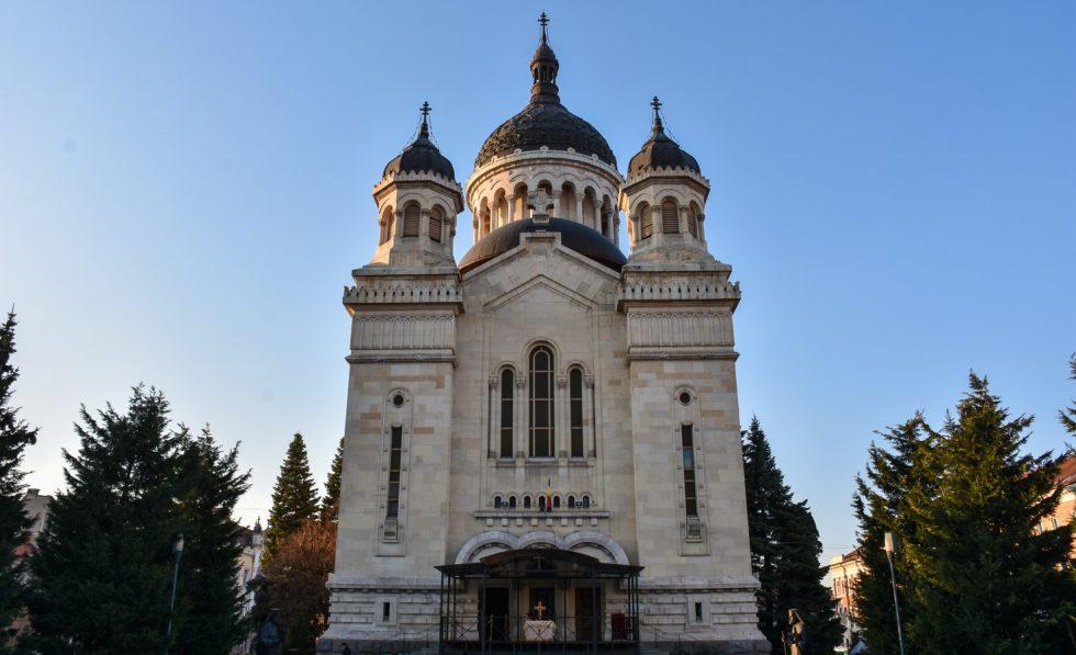 Răspunsul Arhiepiscopiei Clujului la problema împărtășirii credincioșilor cu aceeași linguriță