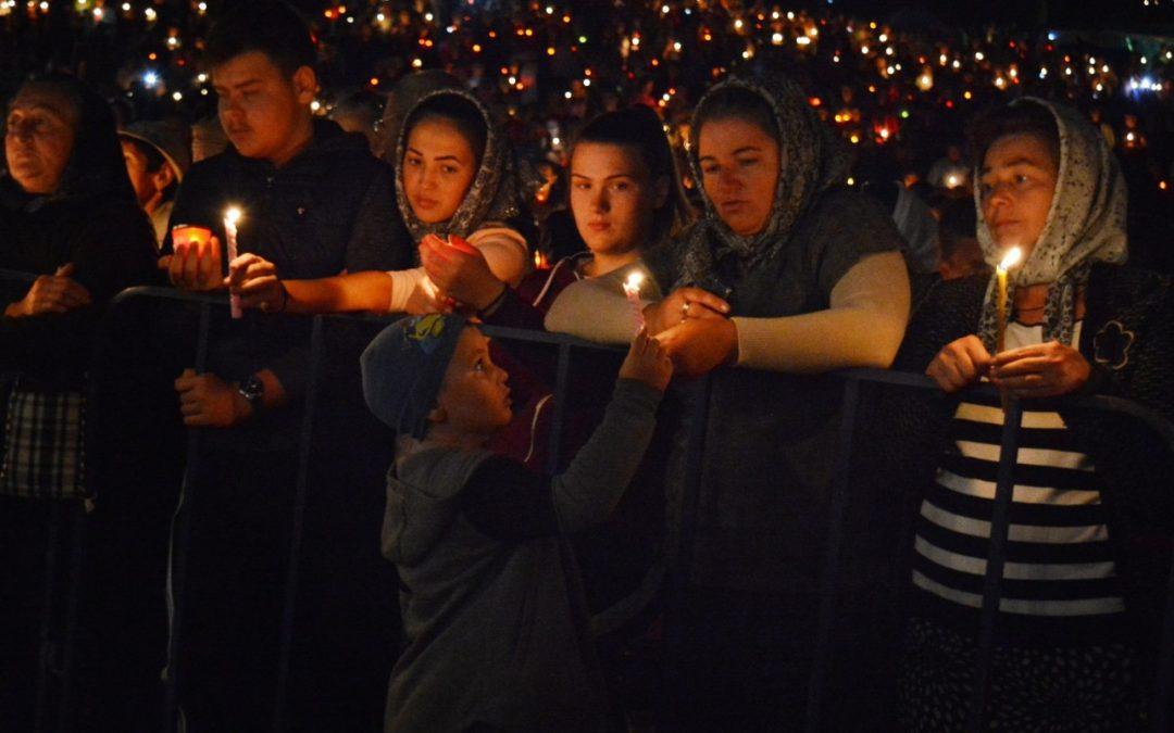 Românii, mai credincioși decât înainte de pandemie|Sondaj IRES