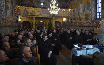 """Proiectului misionar-catehetic """"Pași spre cunoașterea credinței"""", în opt parohii din Arhiepiscopia Clujului"""