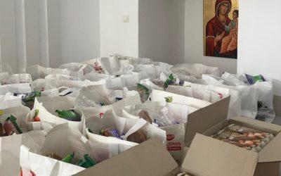 Aproape 4 tone de alimente, oferite de Paști de Filantropia Ortodoxă Bistrița