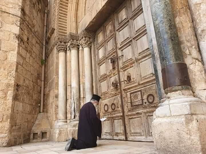 În suferinţă, omul caută responsabili, Hristos, însă, nu reproşează nimănui nimic