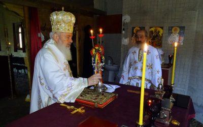 """ÎPS Andrei, la hramul Mănăstirii Cristorel: """"Domnul Hristos, Biruitorul morții, să tămăduiască bolnavii și să înlăture pandemia"""""""